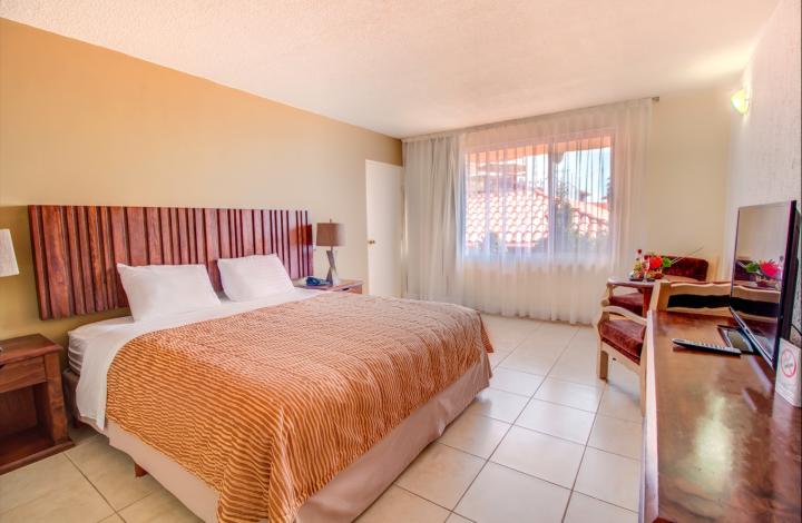 1 Bedroom Ocean Front Villa 1st Floor with AC (DO A.C.)