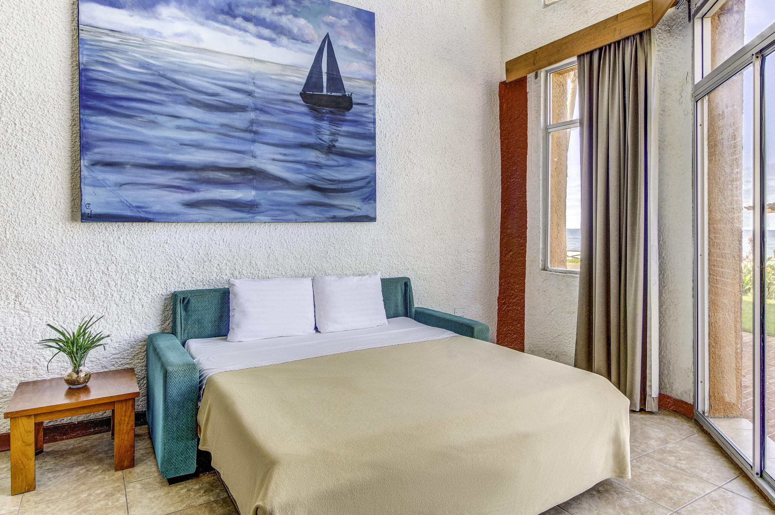 2 Bedroom Ocean Front Villa 1st Floor With Patio