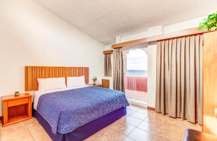2 Bedroom Ocean Front Villa 2nd Floor
